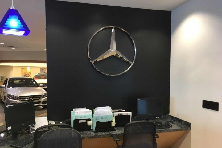 New Country Mercedes Benz of Hartford, CT